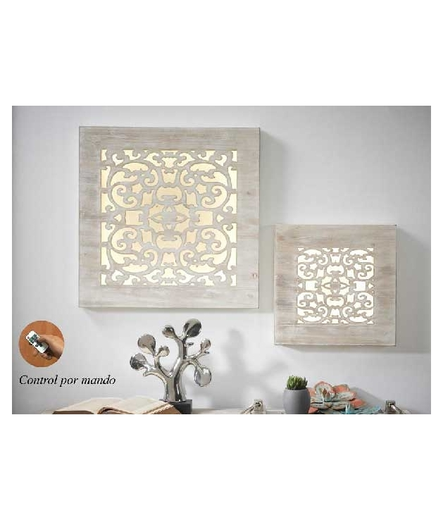 Panel madera tallado cuadrado en color natural con leds