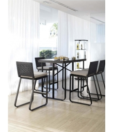 Conjunto jardín Star 4 taburetes y mesa bar 130x73 cm