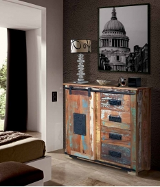 Cómoda vintage de madera reciclada