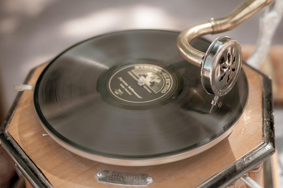 Valor decorativo del gramófono, el artículo vintage que necesitas